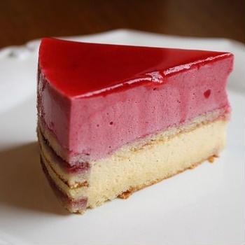 ラズベリー&バニラムースケーキ