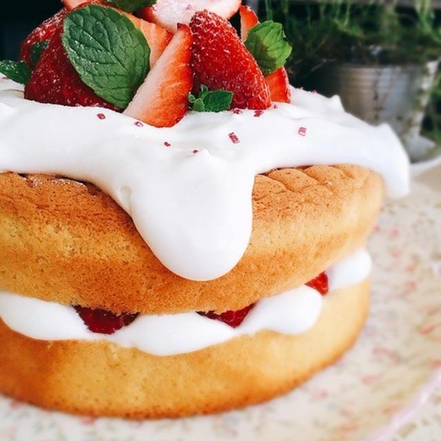 バター不使用*スポンジケーキ[18cm丸型]でネイキッドケーキ