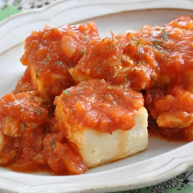 晩ごはん 何にしよう?≪豆腐とチキンのトマトソースがけ≫