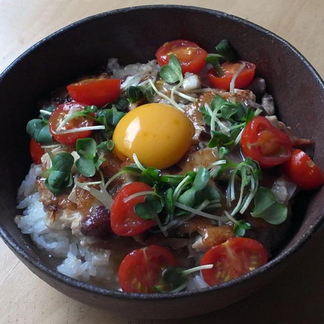 鶏つくねのトマトあんかけ丼