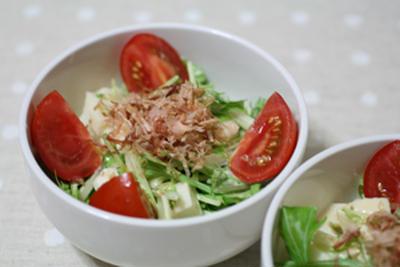 水菜と山芋のサラダ