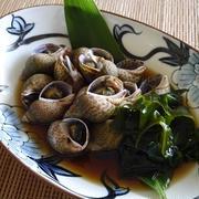 バイ貝と鳴門わかめの煮付け