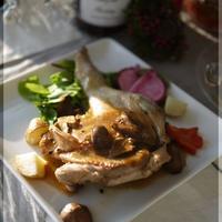 タイム香る 鶏もも肉のロースト ポルチーニソース