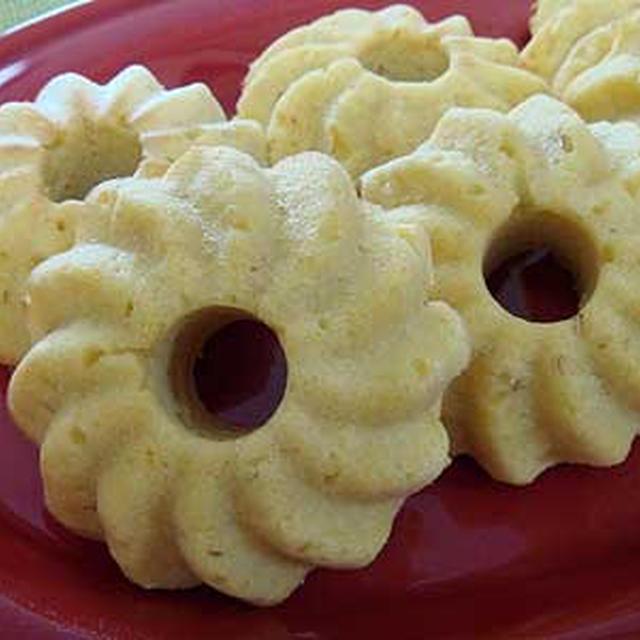 ホットケーキミックスとおからで焼きドーナツ