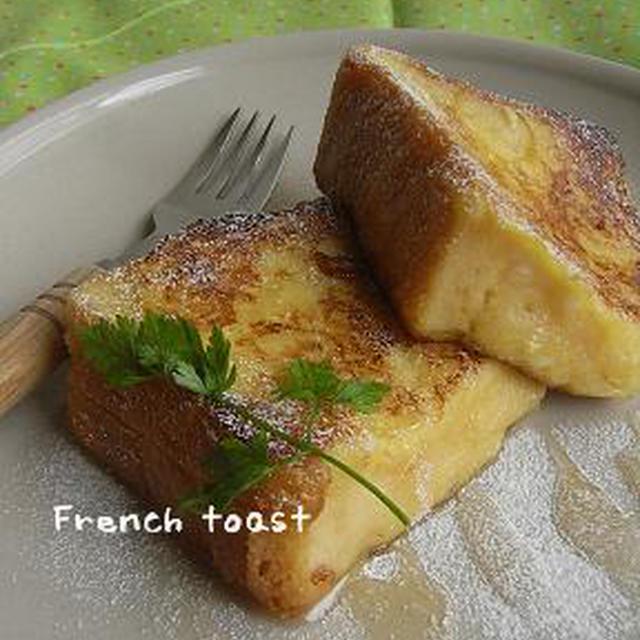朝食に、厚切りフレンチトースト