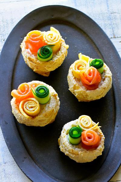 お揚げがじゅわん♥サーモン、きゅうり、卵の花畑いなり【#簡単 #行楽 #母の日】