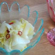 電子レンジで簡単♪ピリ辛な白菜の甘酢和え 動画レシピ