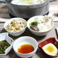 3種のタレで鶏手羽元水炊き。〆はペンネカルボナーラ♪