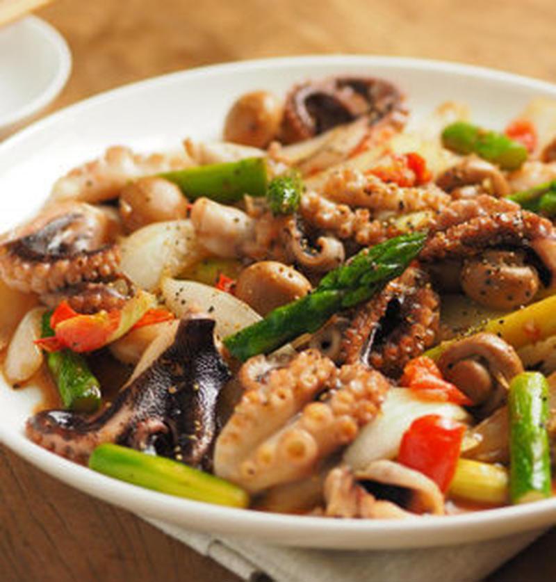 おかずにもおつまみにも!ご飯にぴったり「ガリバタ炒め」のレシピ