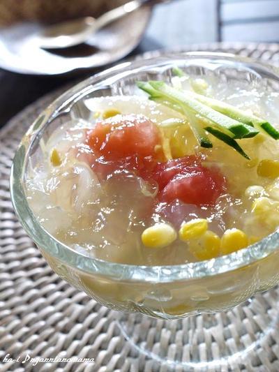 <ひんやりがごちそう☆冷製トマトとコーンのコンソメスープ>