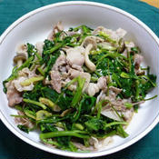 豚バラ肉と空心菜のナンプラー炒め