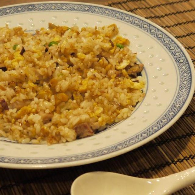 パラパラ チャーハン(炒飯)の作り方