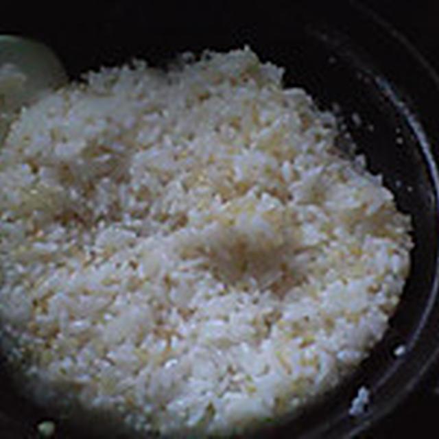 湯立てで白米(936)。。。北海道石狩平野雨竜町産特別栽培米ゆめぴりか・白米(あいざわ米店)と茨城県産うまかっぺコシヒカリ玄米・新米(あいざわ米店)