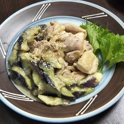 【下味冷凍】鶏もも肉のにんにく味噌漬けとレンチン茄子の炒め物