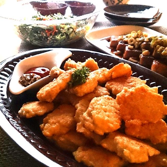 お豆腐チキンナゲットと高野豆腐のネギソース。