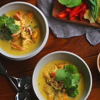 タイ風 海老と南瓜のココナッツミルクスープ