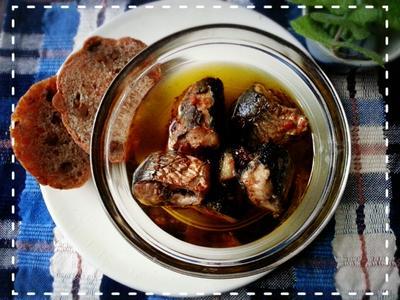旬の食材使った一品♡骨まで美味しい秋刀魚のアヒージョ♡(*ノωノ)