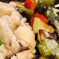 おうちごはんNo.80|再現不能な家庭料理と、簡単名もなき蒸し鶏の中華っぽいタレ添え。