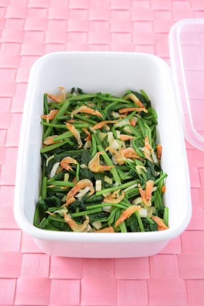 ほうれん草と桜えびの簡単めんつゆ和え 作り置きレシピ