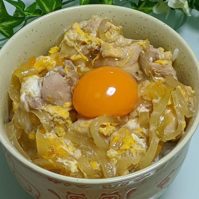 松本ファームさんの烏骨鶏の卵で絶品親子丼♡