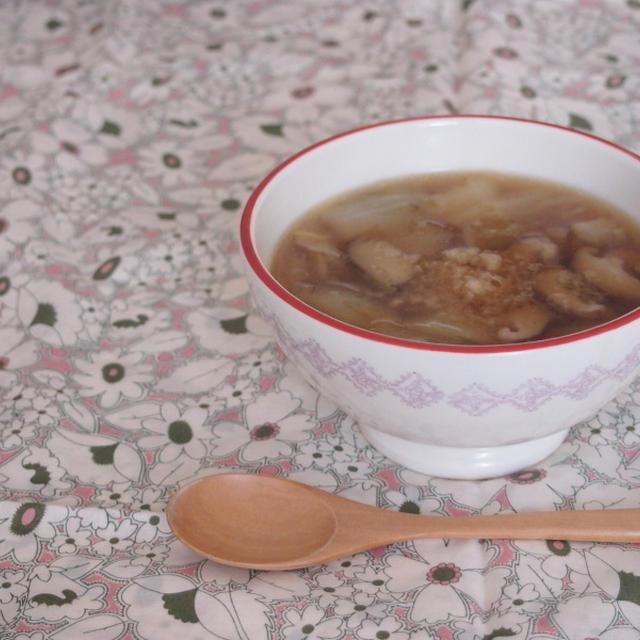 【代謝UP&冷え対策に☆】白菜としいたけのしょうがたっぷりスープ★