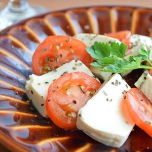 チーズのような濃厚な美味しさ!なのにヘルシー!「塩豆腐」おつまみレシピ
