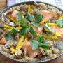 【テレビで紹介!】魚介の旨味たっぷり。鮭とれんこんの和風パエリア