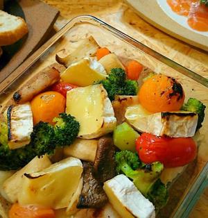 カラフル野菜のオーブン焼きカマンベールチーズのっけ!