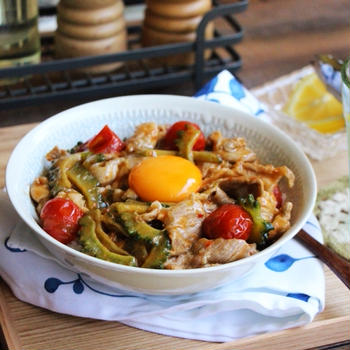 夏のスタミナゴーヤ丼(レシピあり)