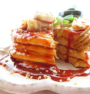 本格カフェ風☆たっぷり塩キャラメルソースとバナナソテーのパンケーキ