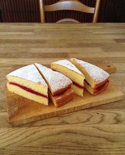 女王陛下のヴィクトリア サンドイッチ ケーキ