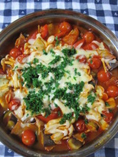 「夏野菜でトマト鍋」