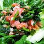 スモークサーモンとほうれん草サラダ