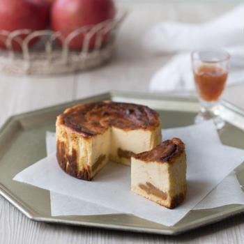 アップル トフィー チーズケーキ