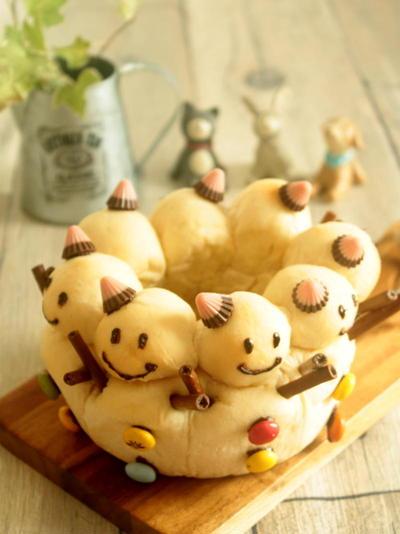 * 可愛い ♥ 雪だるまのミルクちぎりパン♪