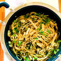 魚醤と麺つゆで味付け♪油揚げと蕎麦の実スプラウトでワンポット和風パスタ♡