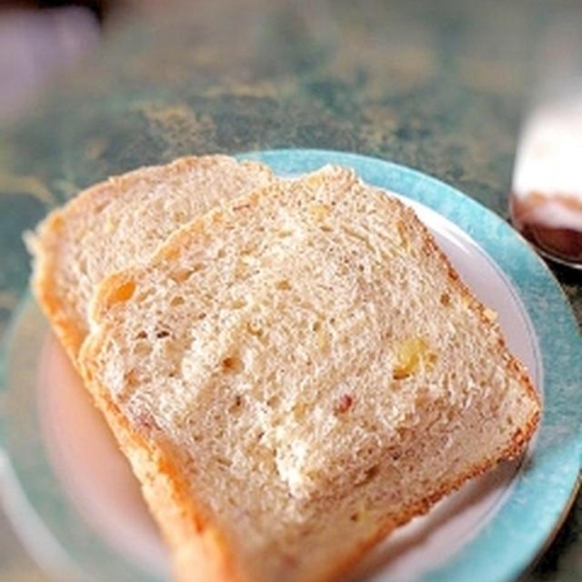 焼き芋甘納豆のHBパン