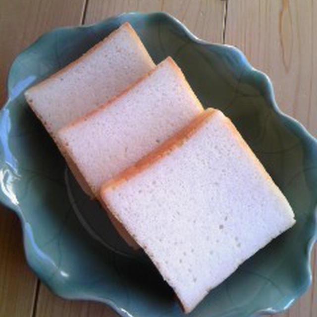小麦パンよりおいしい!?サンドイッチ用の米粉食パン