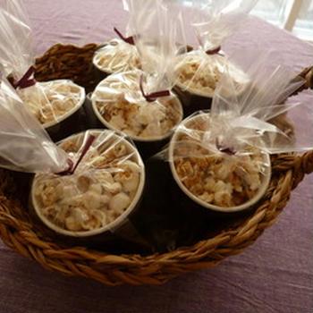 甘い香りのグルテングリーおやつ♪ココナッツソルトポップコーン