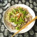 オイルサーディンと水菜の和え蕎麦