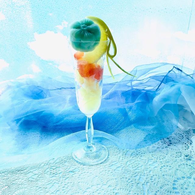 フロリダグレープフルーツと氷皮月餅のパフェ