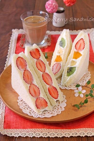 焼かずに冷やし固めるだけの春お菓子♪苺スイーツ9品まとめました