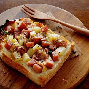 大人が食べたい!「ピリ辛トースト」でマンネリ解消!