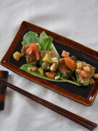 ピーマン肉詰め(トマトソース)