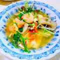 """シャキシャキした食感が食欲をそそる """" 海老と水菜の卵スープ """""""