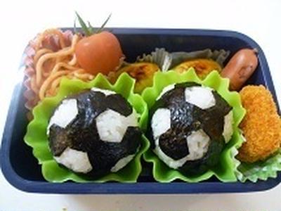 サッカーボールおにぎり弁当!! 飾り巻き寿司 JEUGIAカルチャー千里セルシー