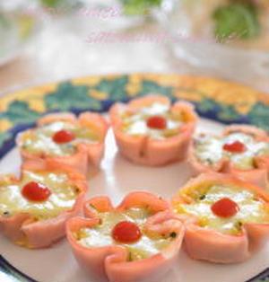 【オムライスレシピ コンテスト】お弁当にも♪可愛いお花のハムカップオムライス✿