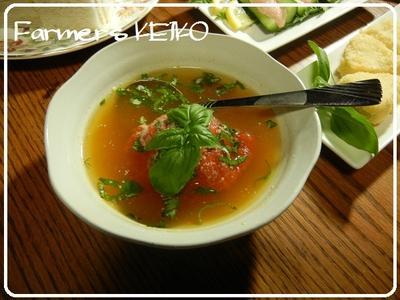 丸ごとトマトを崩しながら食べるスープと、スモークサーモンのカルパッチョのレシピ