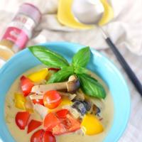 スパイスで夏の時短料理!【ゴロゴロ野菜のココナッツカレースープ】