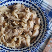 鶏肉としめじのガーリック米油煮♡簡単✻時短✻節約